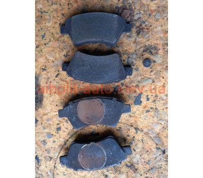 Колодки тормозные передние Fiat Doblo Оригинал Б У  Fiat Doblo 2000 - 2012г.