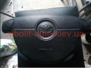 Подушка безопасности AirBag водителя лачетти с логотипом Део