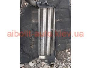 Радиатор интеркуллера Renault Megane 2 Оригинал Б У