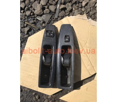 Кнопки стеклоподьемника Fiat Doblo 263, Фиат Добло 263 Оригинал Б У  Fiat Doblo 2010 - 2016г.