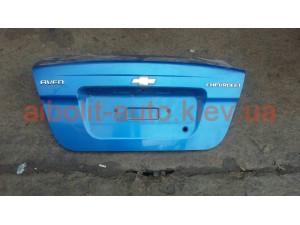 Крышка багажника Авео (есть различные цвета)